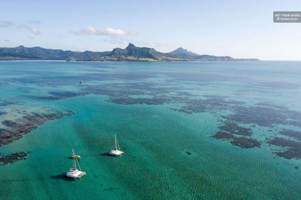 catamaran cruise to ile aux cerfs