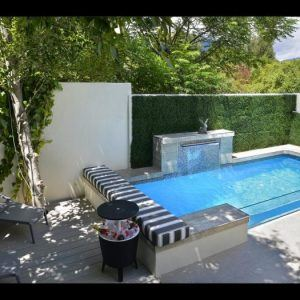 ivy-apartments-pool