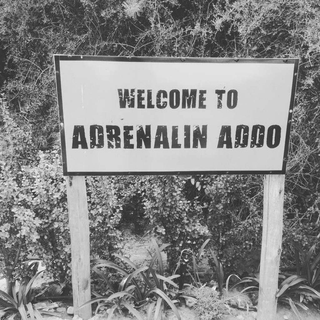 welcome-sign-adrenaline-addo