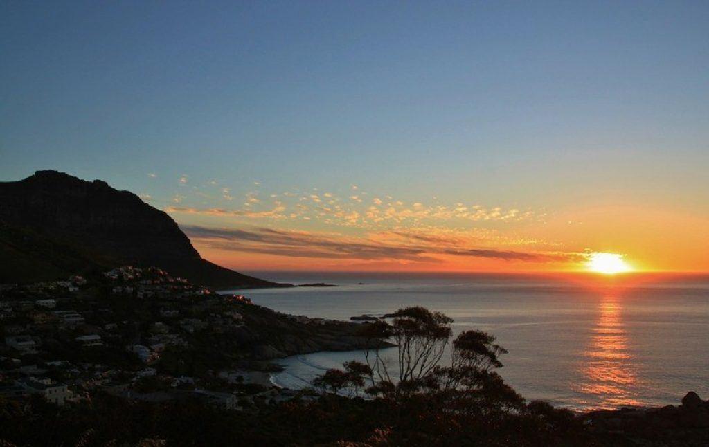 scenic-sunset-chapmans-peak
