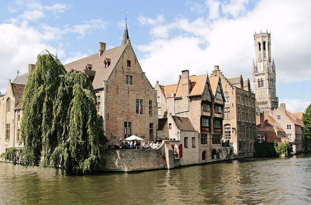 belfry-canal-bruges