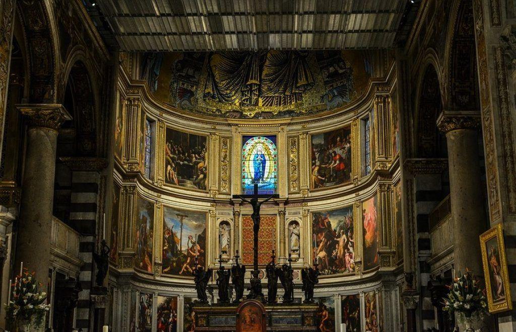 Pisa Duomo interior