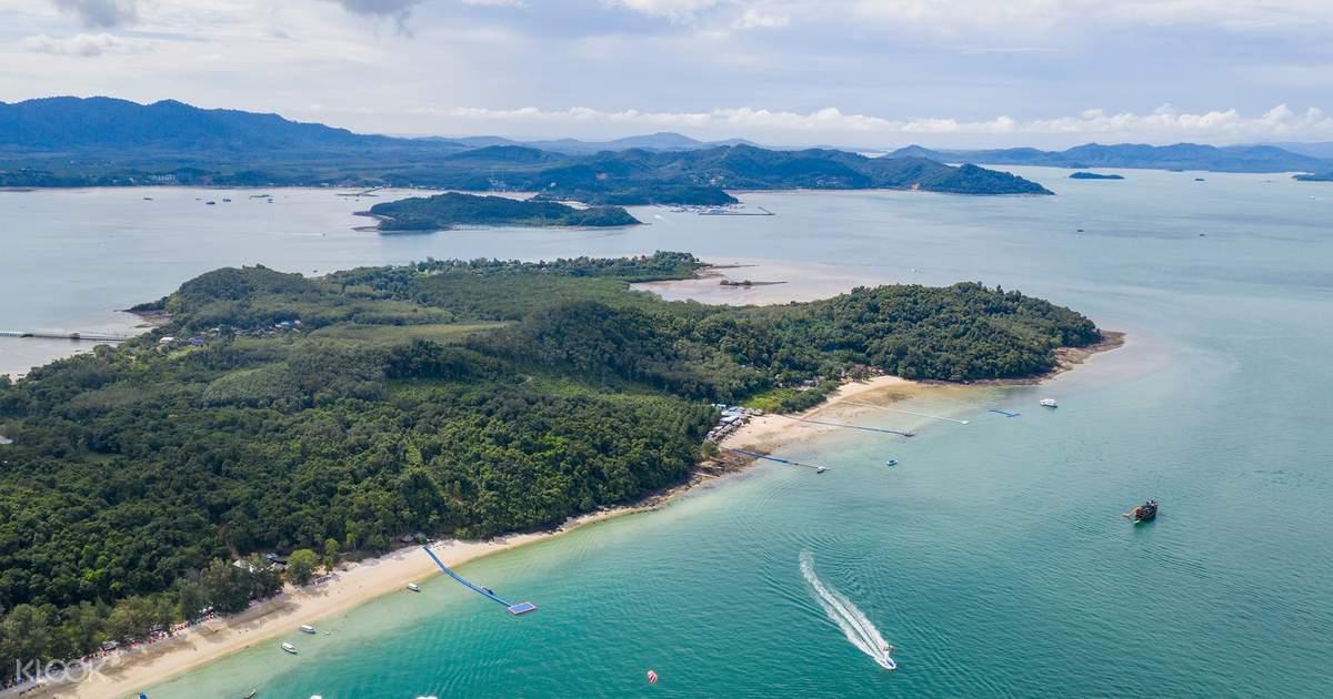 James Bond and Phang Nga Bay Speedboat Tour with Kayaking Experience