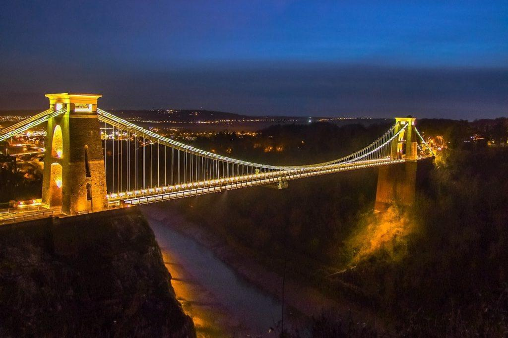 Clifton suspension bridge lit up at night