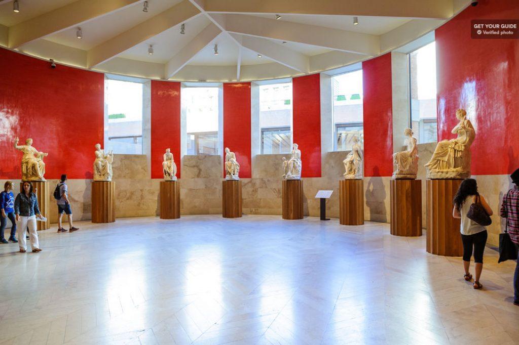 statue hall in the prado museum