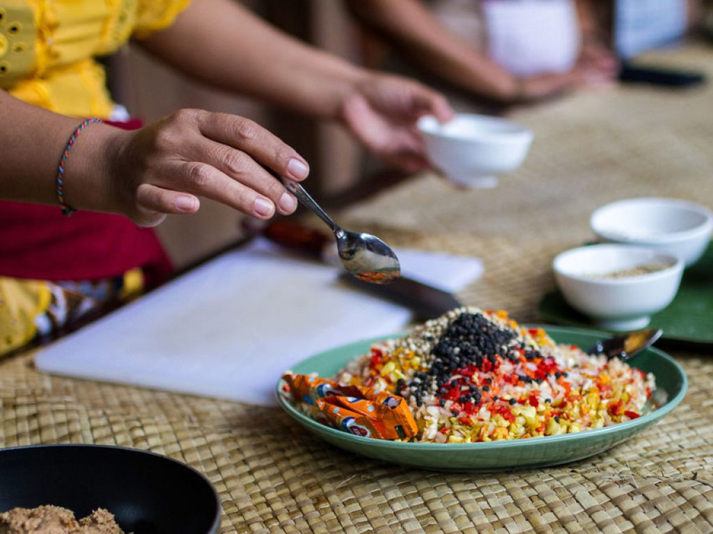 creating sauce in balinese cooking class