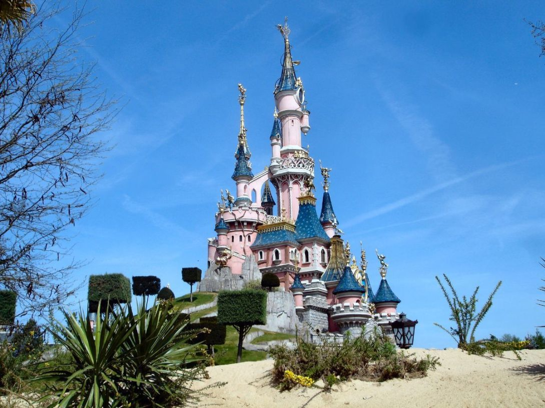 sleeping-beauty-palace-disneyland-paris