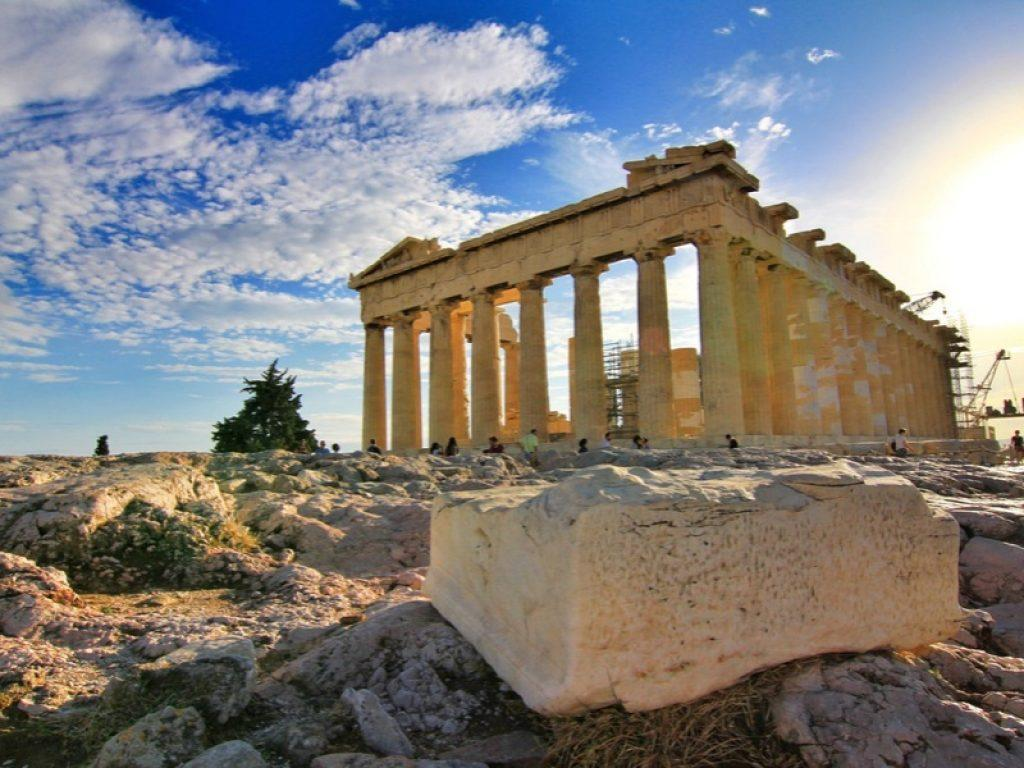 ancient-ruins-in-greece
