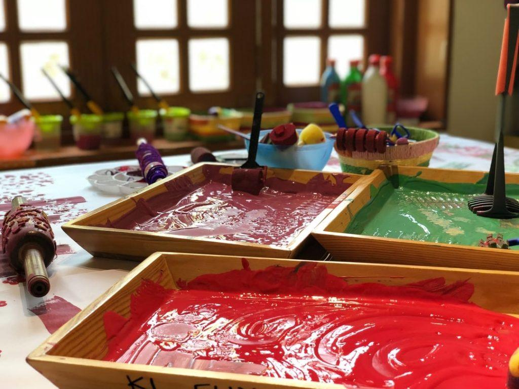 kids-painting-class