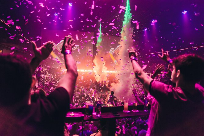 Cancun: Skip-the-Line Coco Bongo Entrance Ticket With Open Bar