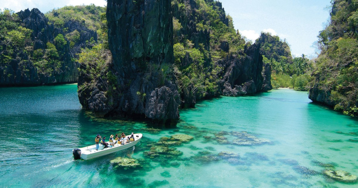 El Nido: Island Hopping Tour A Lagoons and Beaches