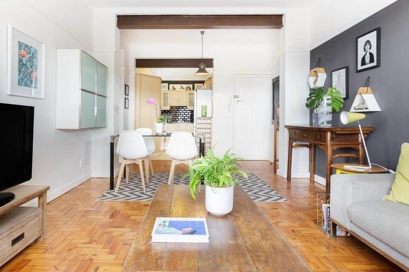 airbnb-designer-apartment-table-mountain