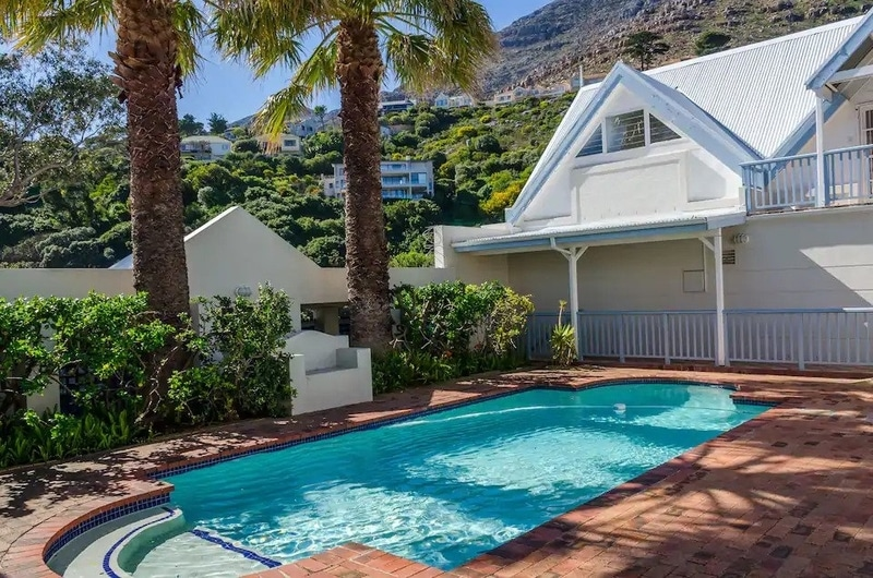 pool-airbnb-cape-town-hout-bay
