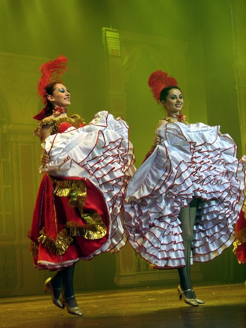 cancan-french-dancers