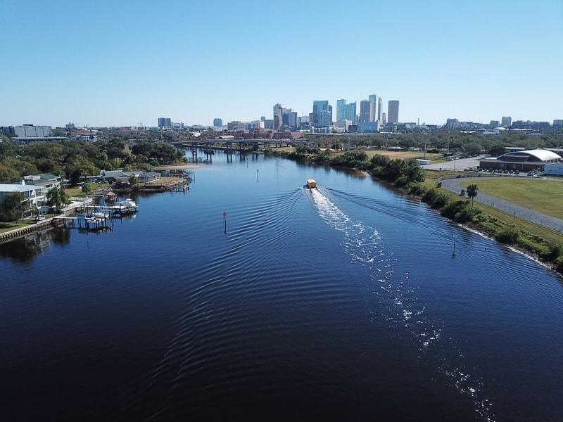 View of the lake with speedboat in Downtown Tampa