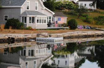 Lake house in America
