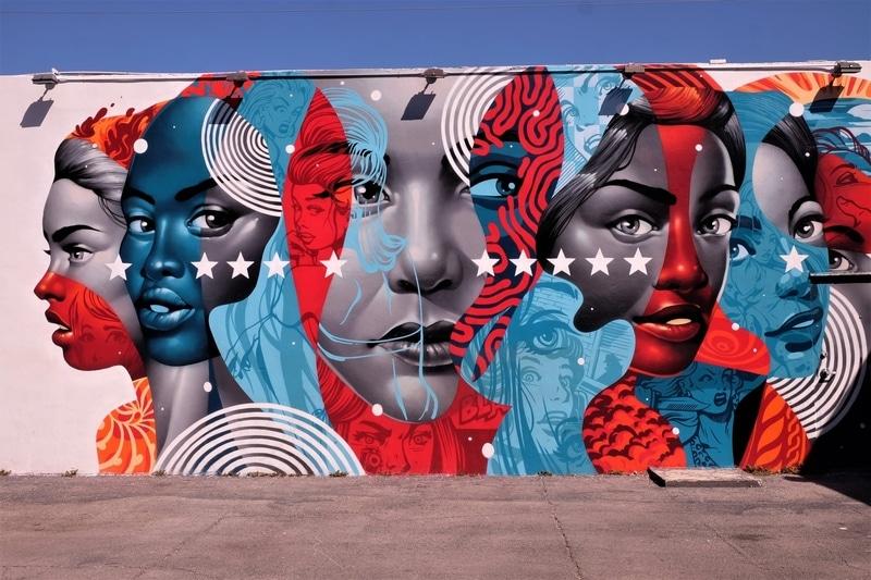 Red, white and blue grafitti art at Wynwood Walls