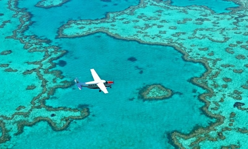 Flight From Airlie Beach Over Great Barrier Reef