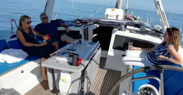 Barcelona: Luxury Private Yacht Cruise