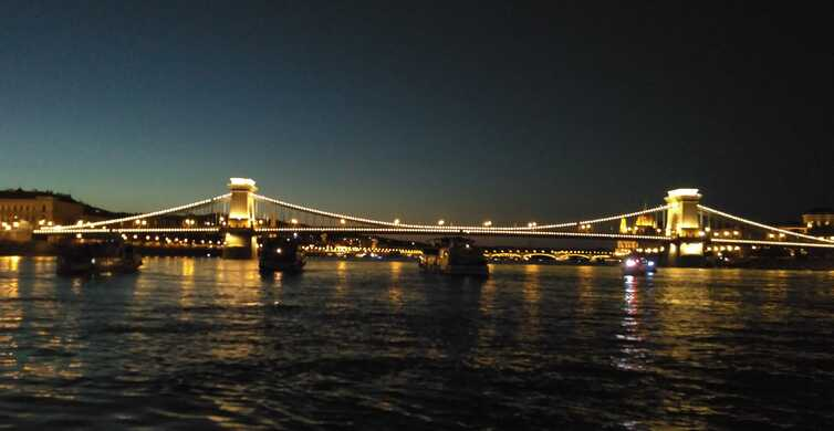 Budapest: 3-Hour New Year's Eve Boat Cruise