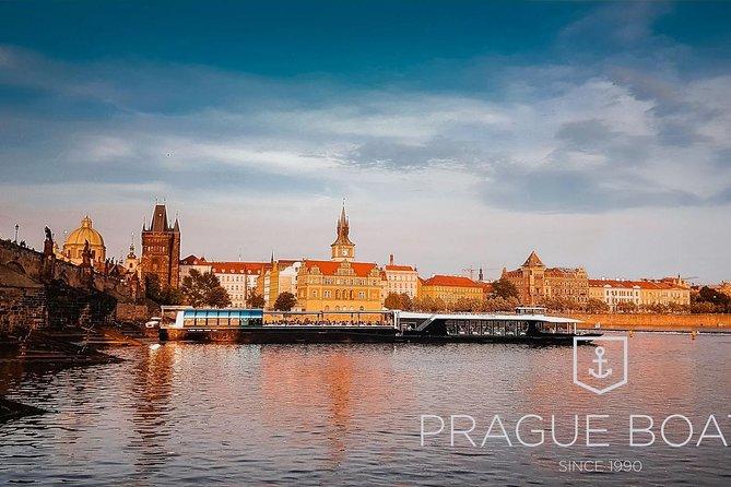 Prague Boats 3-hour Dinner Cruise