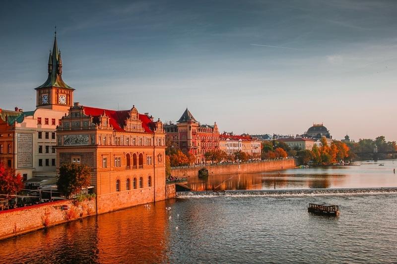 prague-historic-buildings-next-to-river
