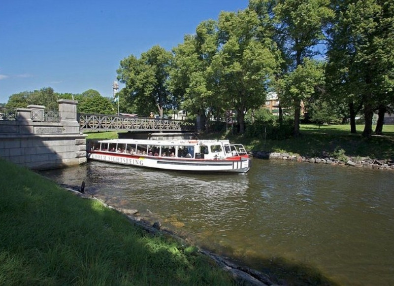 Royal Canal Tour of Stockholm