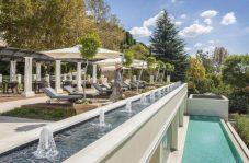 four-seasons-hotel-pool