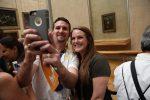 Skip the Line: Louvre Museum Walking Tour including Venus de...